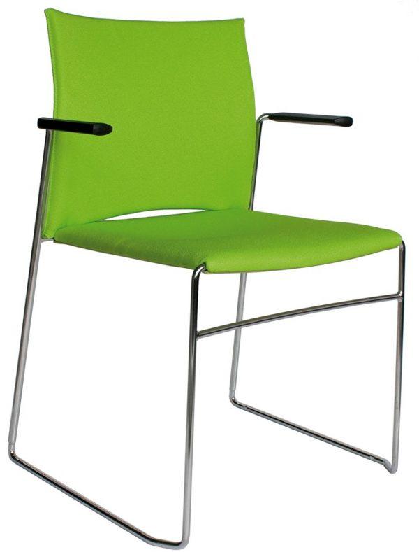 A450-20-gestoffeerde-zaalstoel-met-armleggers-goed-stapelbaar