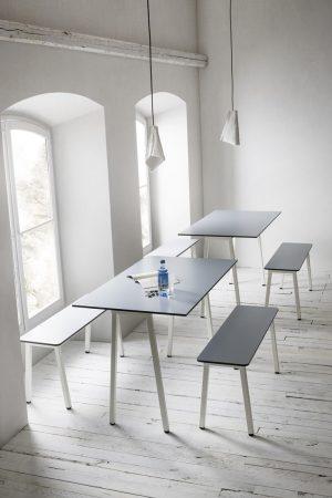 Form-bench-45-bank-passend-bij-tafel-form-zitting-volkern