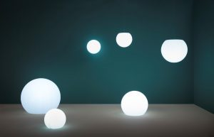 Happy-apple-330-ronde-kunststof-vloerlamp-50-cm-doorsnede